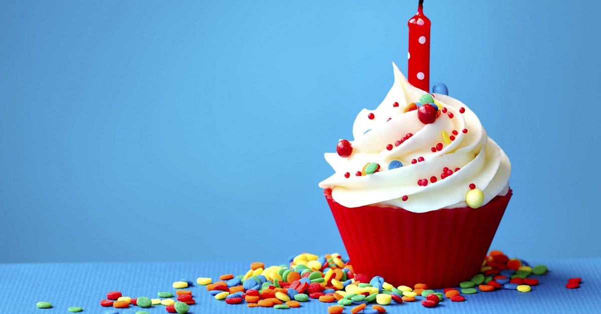 пожелания с днем рождения знакомой словами